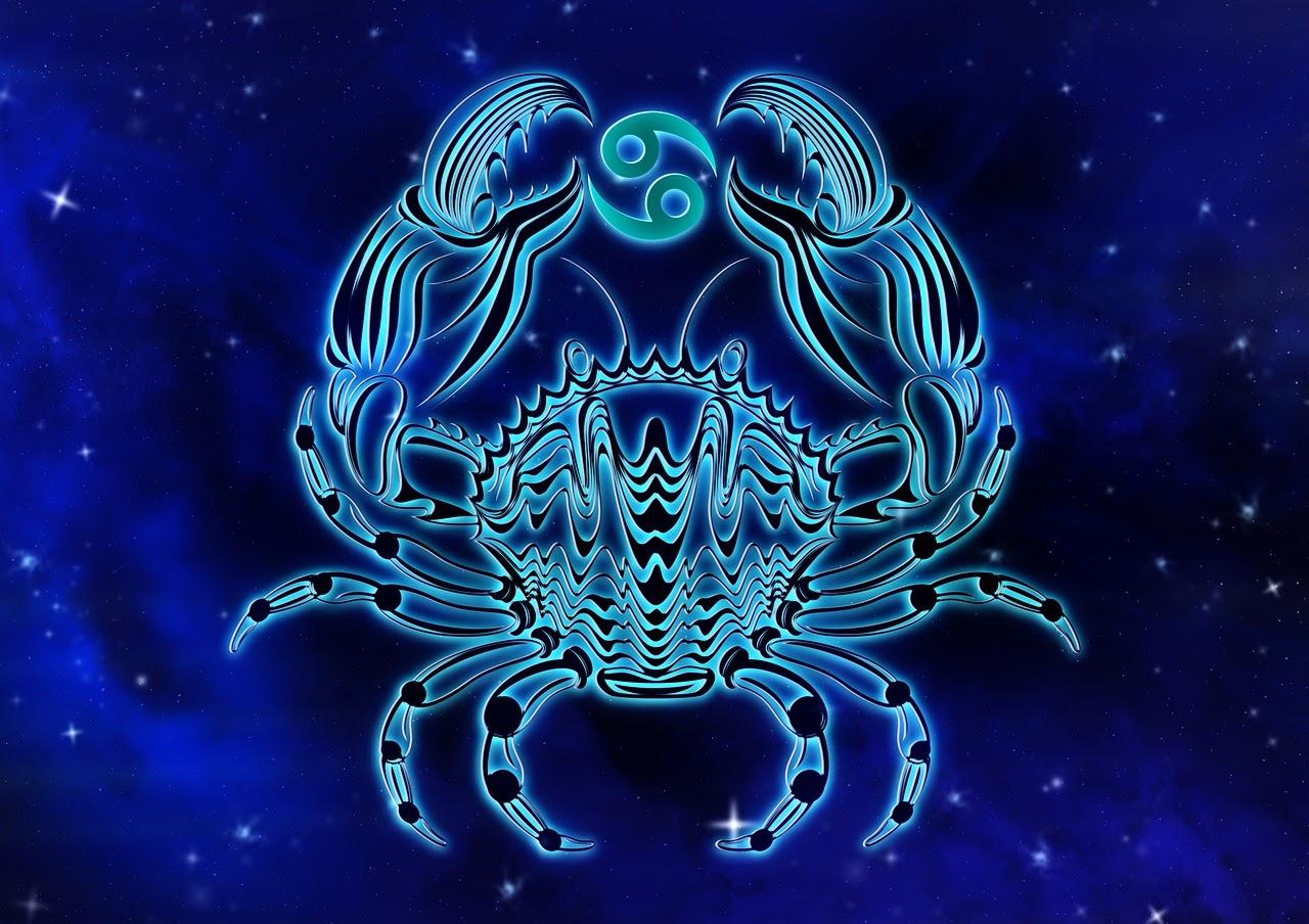 Знак зодиака Рак: какой камень подходит женщине и мужчине, лучшие минералы для привлечения богатства, любви и здоровья